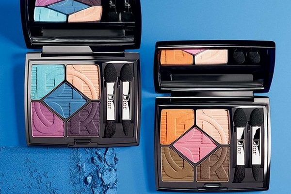 Eyeshadow-Eye-Shadow-Palette-in-two-color-palettes