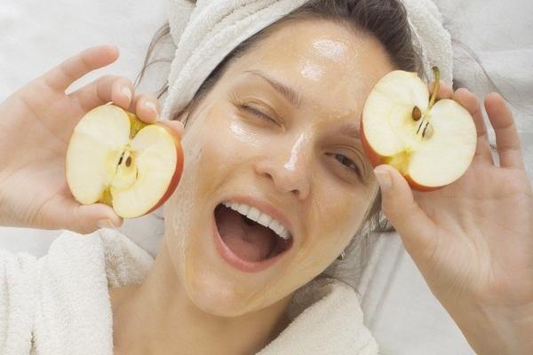 Fruit-Acid-Peeling
